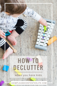 Keeping on top of clutter can be hard when you have kids. If like me, you struggle to keep the clutter at bay you'll love this week's FAQ: How Do I Declutter When I Have Kids? In it, I share a great post from Simply Well Balanced which has 10 great tips on how to keep clutter to a minimum - including one from me!