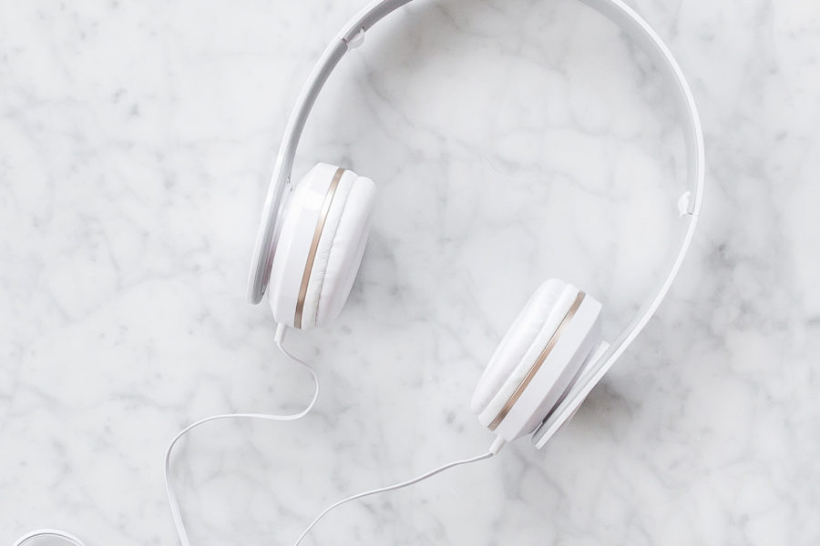 Image of a pair of headphones for the blog post Take control of your life with this week's favourite finds.